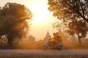e-bike Bagan.jpg