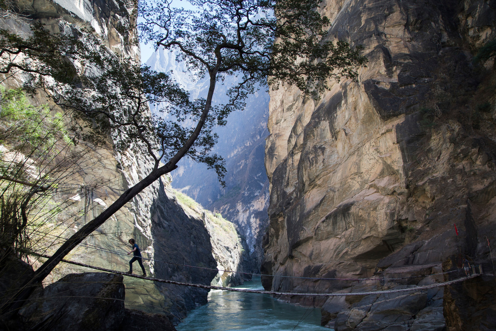 Tiger leaping Gorge bridge_High Res_1395