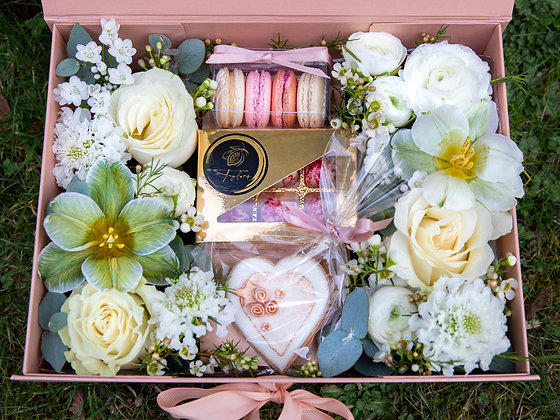 Mother's Day Luxury Floral Gift Box