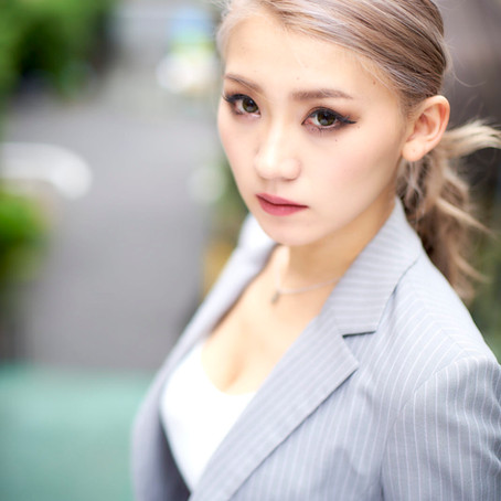 OL@赤坂 Model Luna(@luna_burlesque)photo 宮本昇 (@npborumiyamoto)