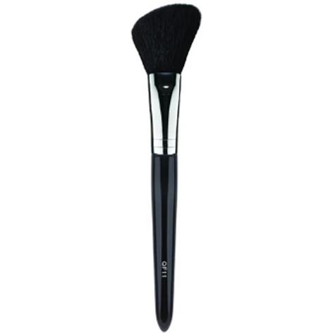 Angled Blush/Powder Makeup Brush