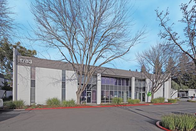 BKM Capital Partners Acquires $10 Million, 122,000+SF Multi