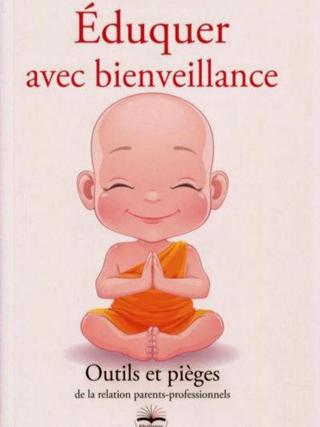 Eduquer-avec-bienveillance-outils-et-pieges-de-la-relation-parents-profeionnels_edited_edited.jpg