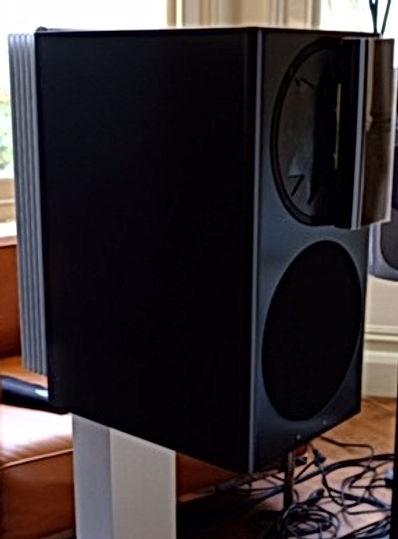 Purité Audio's Basalt grey Manger C-1