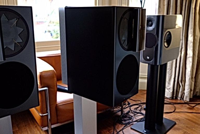 Manger C-1 active loudspeakers