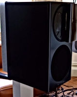 Manger Audio's C-1 active monitor at Purité Audio,London