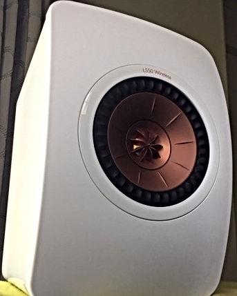 LS50 wireless white