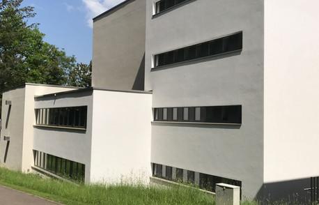 Schulhaus_Widacher_Rüti.JPG