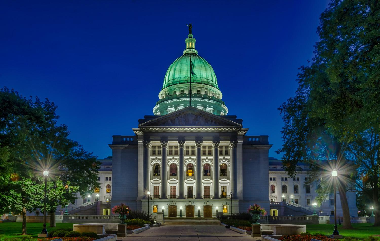 Wisconsin_Capitol_2.jpg