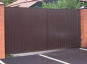 Распашные ворота с обшивкой профлистом