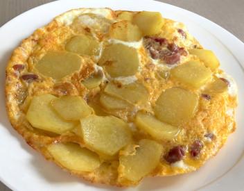 Frittata di patate e prosciutto crudo