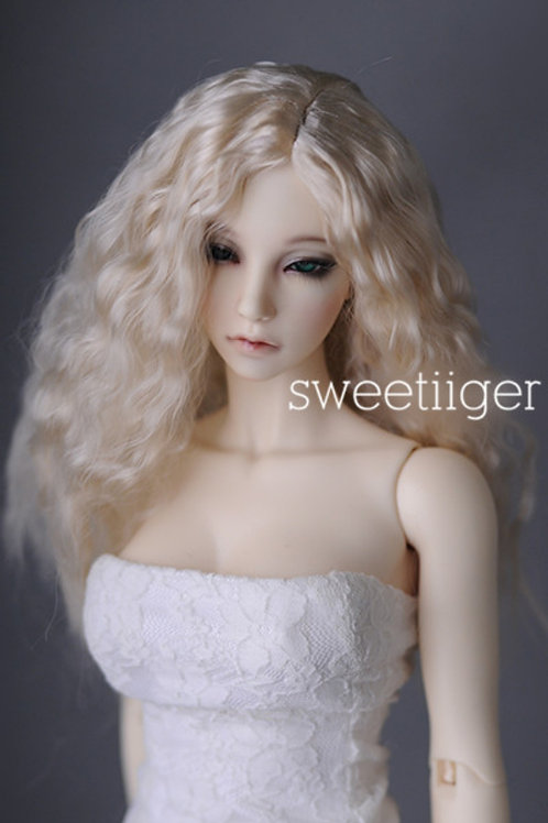 """Manmade-Mohair 6-7"""" 7-8"""" 8-9"""" Doll wig [blonde wave]"""