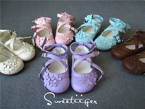 1/4 BJD elegant Lilac flower shoes