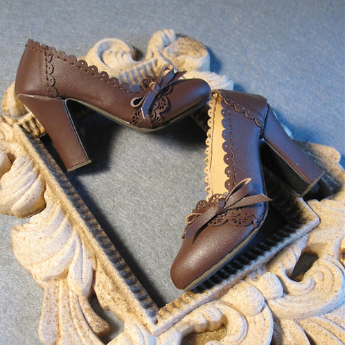 1/3 BJD shoes brown carved lace high heels