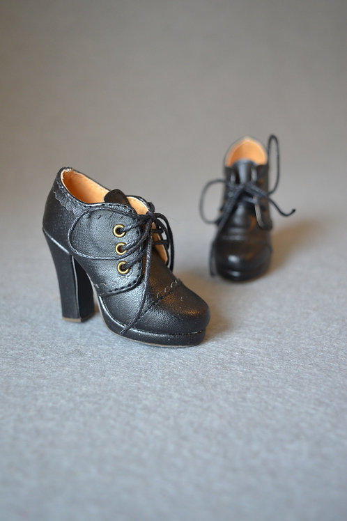 1/3 BJD shoes carved Ankle strap boots