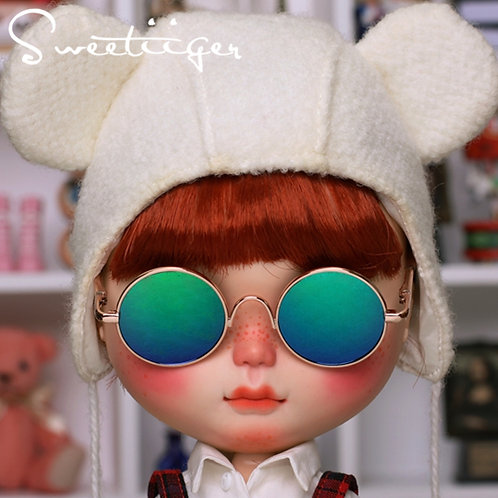 Blythe cool gold sun glasses green