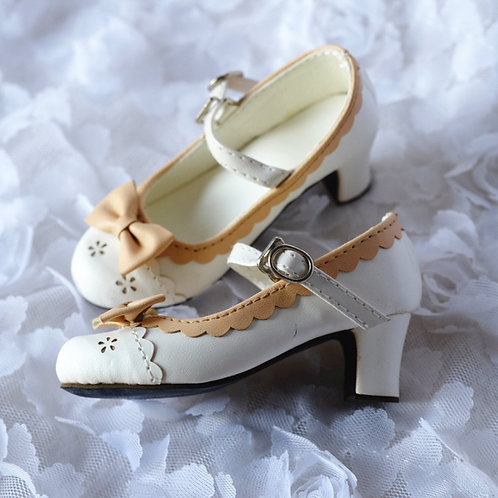 1/3 BJD shoes lolita ivory flowers sweet heart high heels