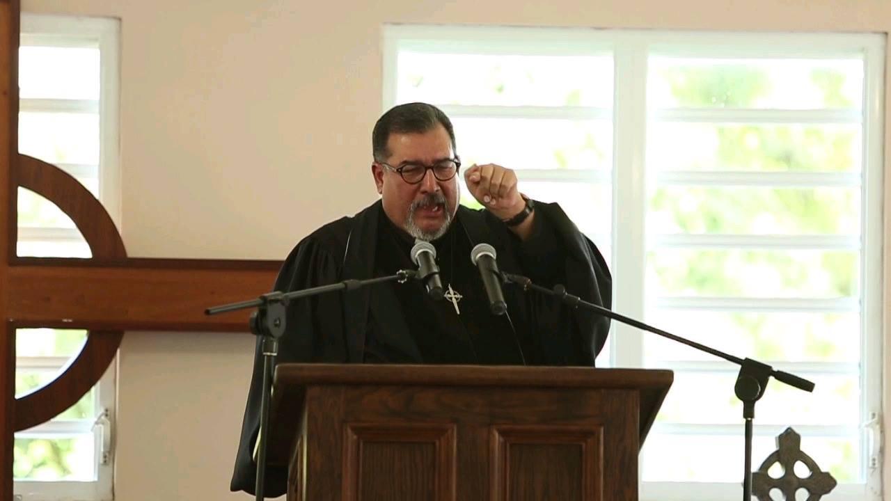 Sermón de la segunda palabra por nuestro Rvdo. Carlos Cruz Moya. Lucas 23:43 (RVR1960) Entonces Jesús le dijo: De cierto te digo que hoy estarás conmigo en el paraíso.