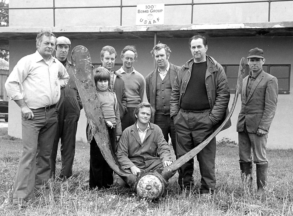 Photograph taken during the early days of the museum. Left to right: Mike Harvey – Paul Meen – Sharon Adcock with Peter Adcock – Ken Everett – Richard Gibson – John Goldsmith – Jim Moule – Ron Batley