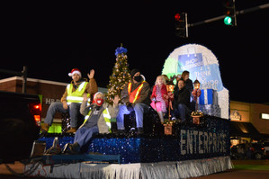 Christmas Parade Volunteering