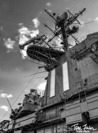 CV-11 Masts