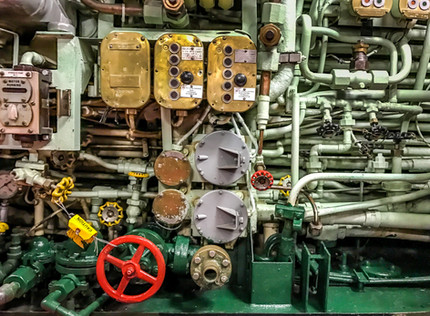 Submarine Plumbing