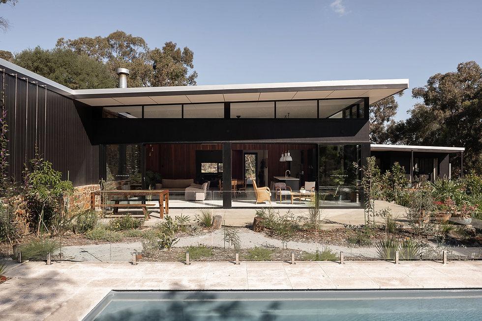 Nyaania Creek Darlington Residence  - Outdoor living