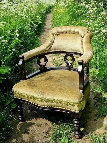 Velvet Green royal chair