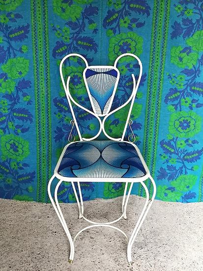 Draadstoel met Afrika print