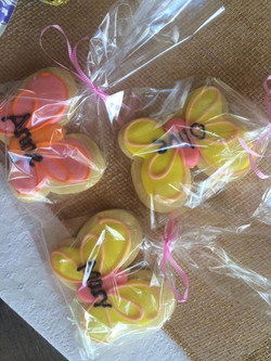 Butterfly personalized Cookies for all our MOMs!