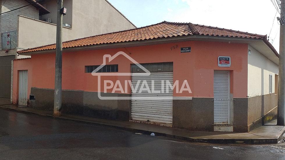 Rua Marques de Abrantes esquina com Rua Astolfo Ferreira de Brito, 732 - Centro