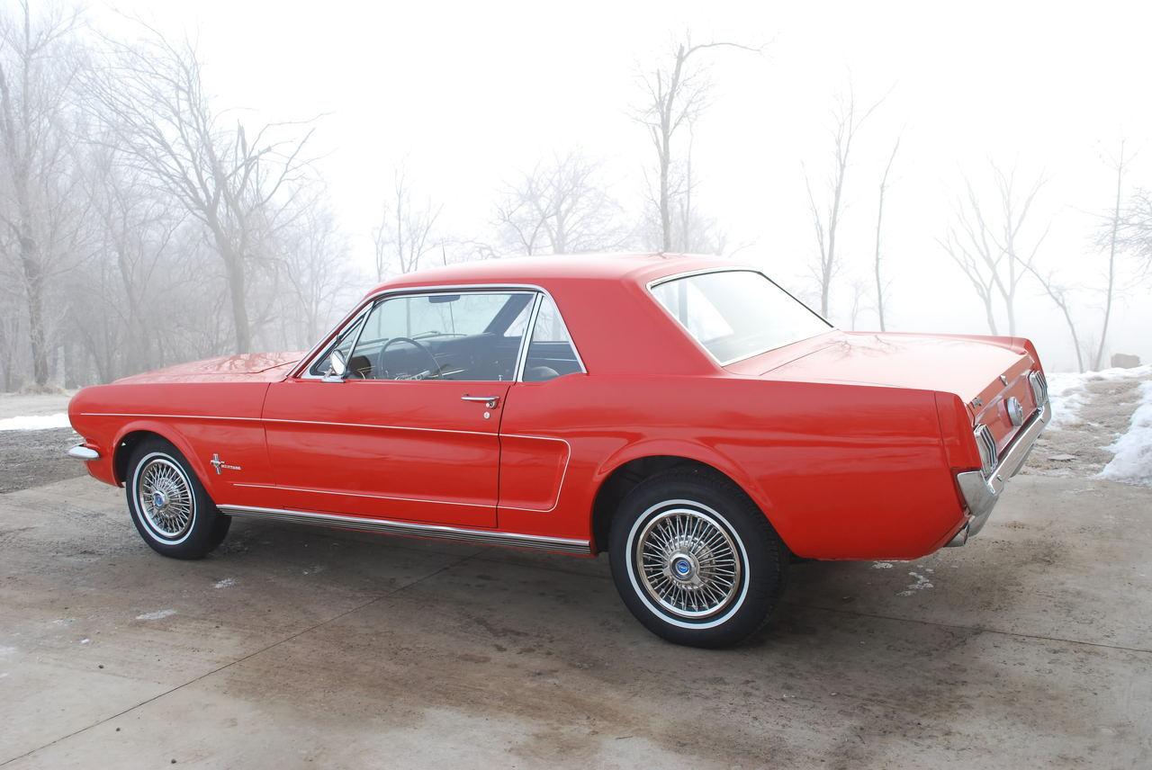 http://i231.photobucket.com/albums/ee205/StangRus/Restorations/Roberts 1966 Coupe/DSC_0735.jpg