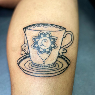 aliciavasquez_teacup_tattoo.JPG