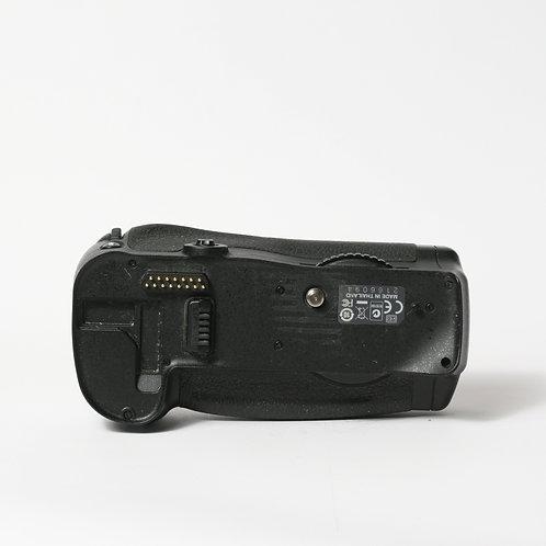 Nikon MB-D10 D700 Battery Grip