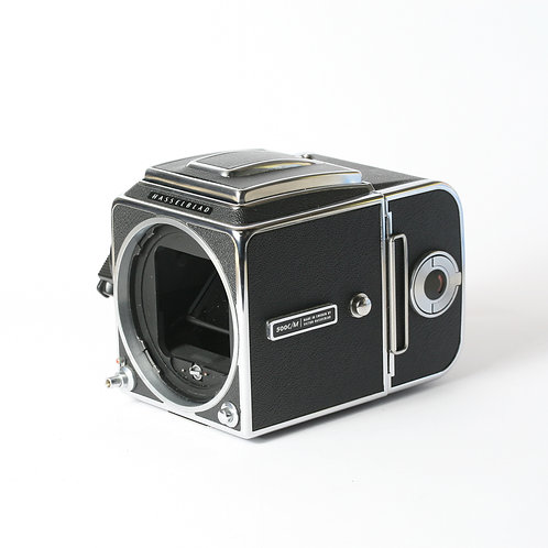 Hasselblad 500CM Body, WLF, A12 Back & Case