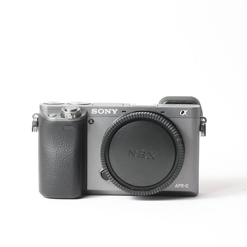 Sony A6000 Silver Body Only