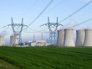 Nuclear-Power-Station-2752091.jpg