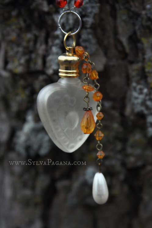 Perfume Necklace - Heart's Passion