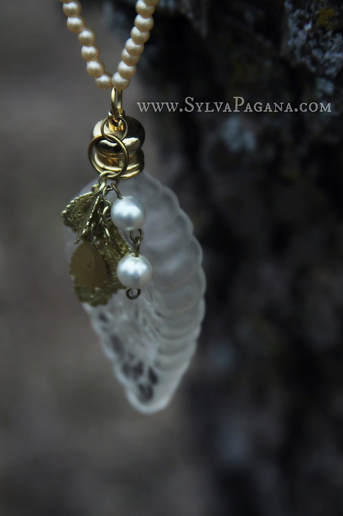 Perfume Necklace - Golden Leaves