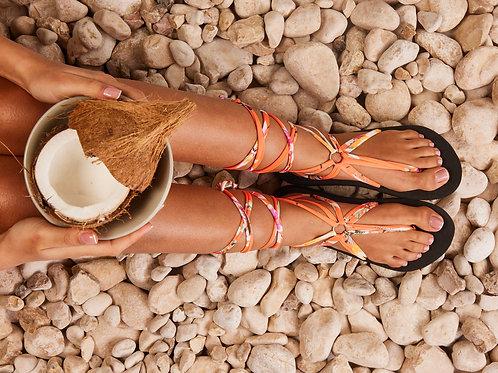 סנדל קיץ עם שרוכים ארוכים -כתום לבן