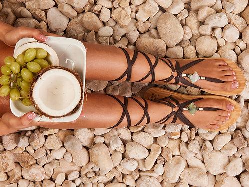 סנדל קיץ עם שרוכים ארוכים - חום