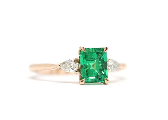 Simon Clarke Jewellery Bespoke Engagement ring