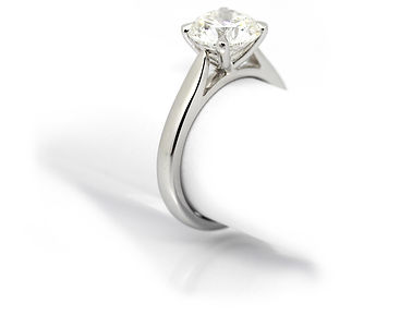 Solitaire Engagement ring 2ct.JPG