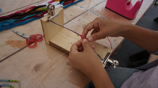 ヘンプを編んで作る!!