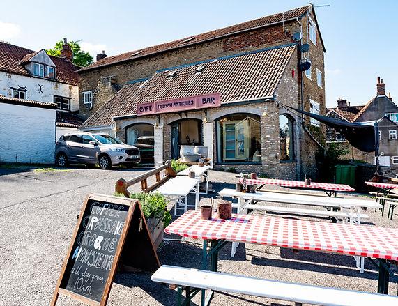 cafe-opposite-saxon-vale-car-park.jpg