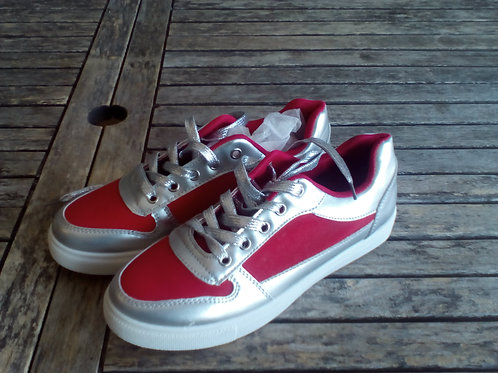 Tennis rouge Taille 39