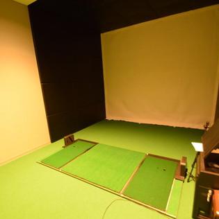 高爾夫球練習室.jpg