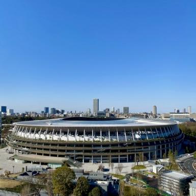 新 國 立 競技 場 (約 240公 尺 )