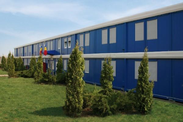 hotel construit en container 600x400