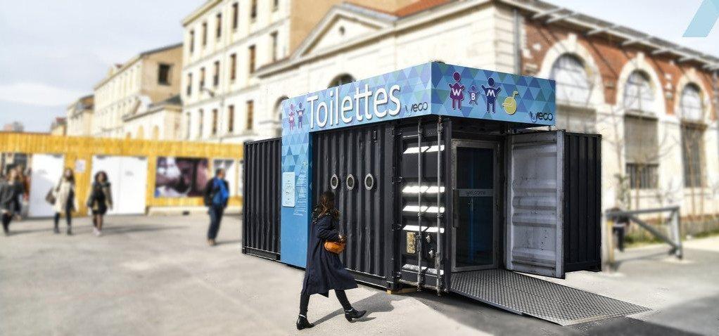 toilette écologique en container